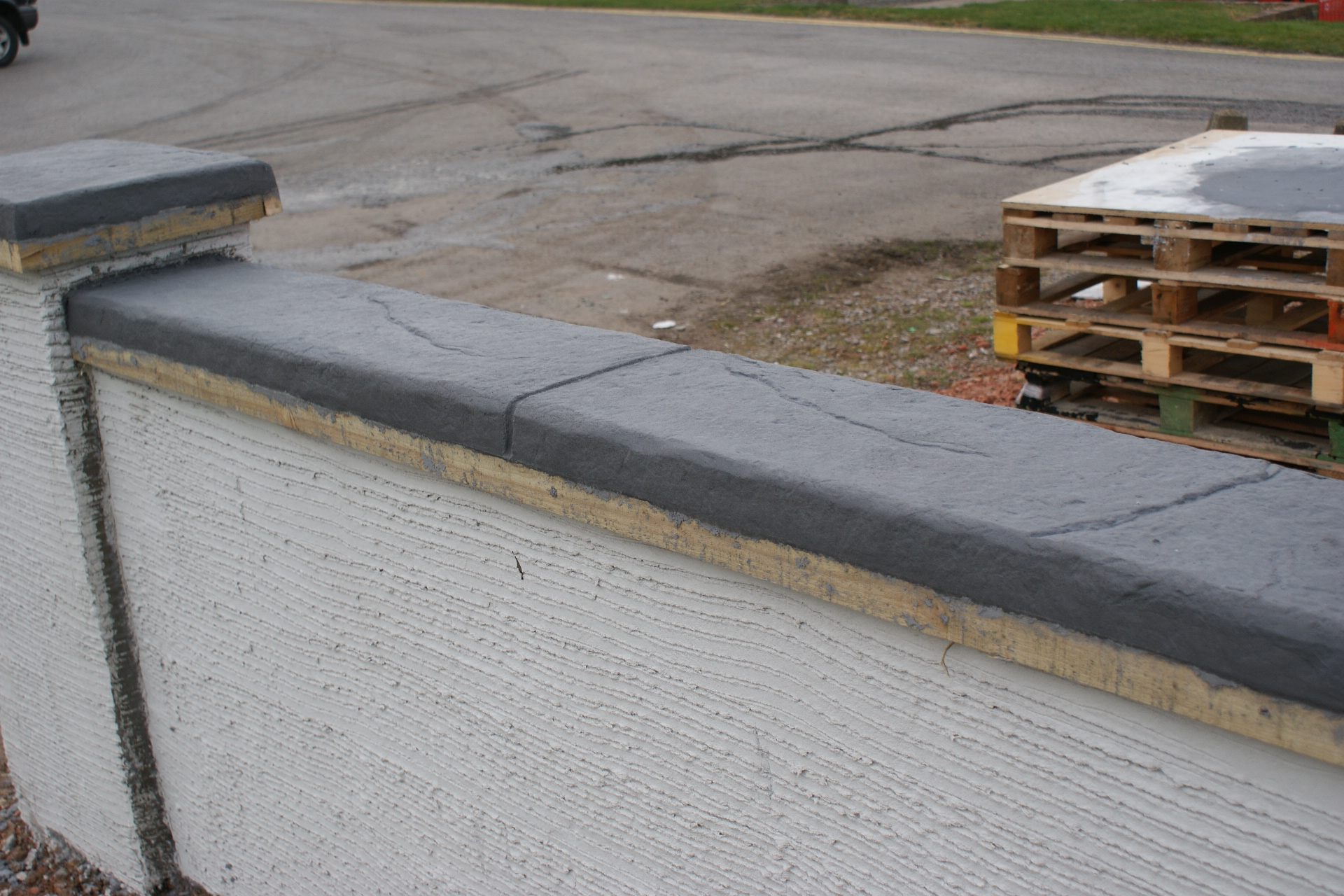 Creating Coloured Stone Coping With Wallcrete Stone Effect