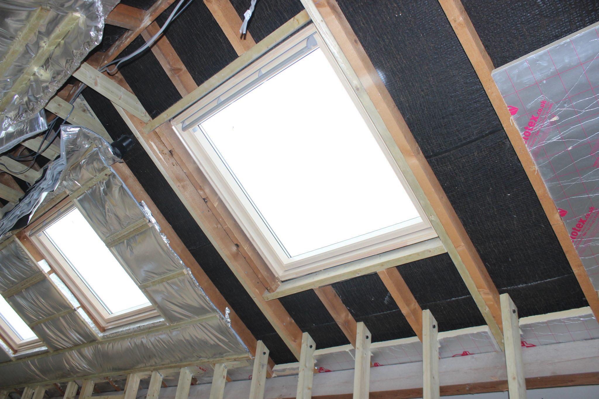 The renovation 12 velux window fail plasterers news - Installation store velux ...