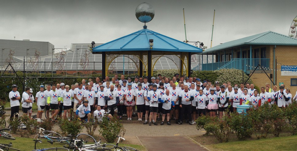 The 100 mile cycle team, including around 60 staff from British Gypsum