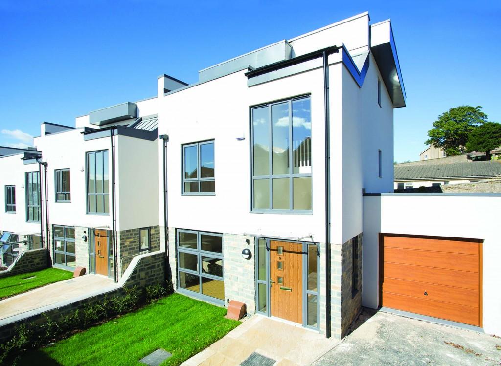 Hi-spec Render By Saint-Gobain Weber For Hi-spec New Homes
