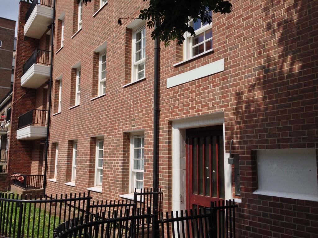 Web533 EWI for apartment blocks in Camden