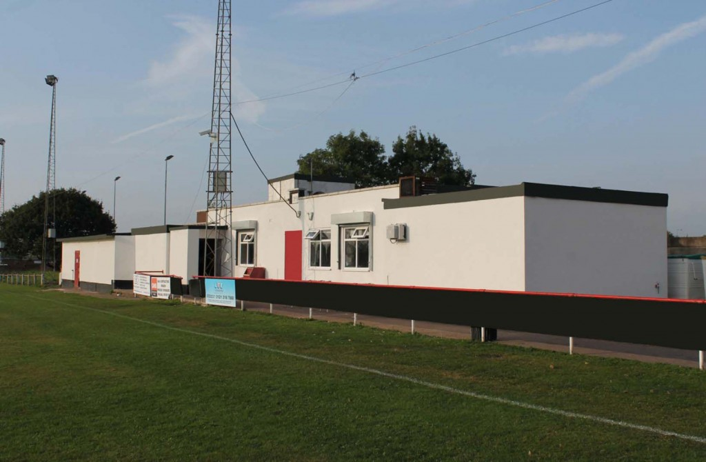 SAINT-GOBAIN WEBER HELPS REFURBISH WALSALL WOOD FC CLUBHOUSE BEFORE After