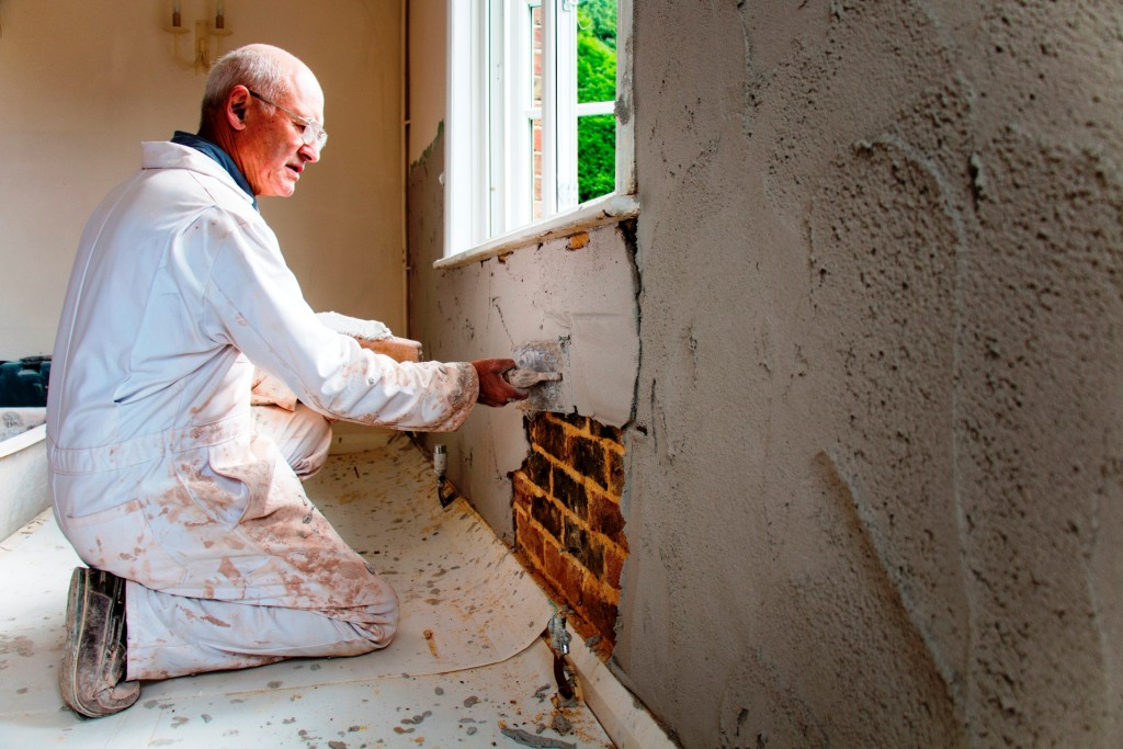 Beating damp with Safeguard Renovation Plaster